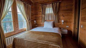 Amorium Hotel wooden ağaç ev otel doğal ahşap ev standart oda